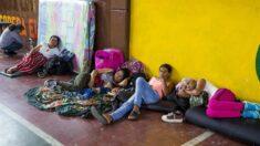 Más de 4000 personas atrapadas por la violencia y las lluvias en Colombia