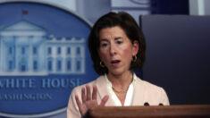 """Secretaria de comercio de Biden: """"Muchos"""" trabajos perdidos en ventas y servicios """"podrían no volver"""""""