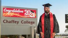 Estudiante que dormía en un auto supera dificultades y se convierte en orador en su graduación