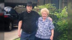 Mamá que quedó embarazada a los 16 años y dio a su hijo en adopción se reúne con él 71 años después