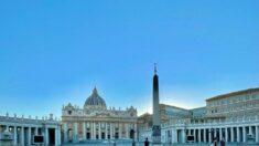 Vaticano anuncia cargos penales por corrupción financiera y lavado de dinero. Martes inicia el juicio