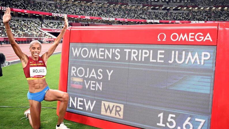 Yulimar Rojas, oro y récord mundial de triple salto. (EFE/EPA/CHRISTIAN BRUNA)