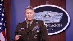 EE.UU. reanuda los vuelos militares en el aeropuerto de Kabul tras el caos