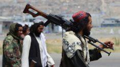 Funcionarios de EE.UU. defienden el haber dejado atrás a estadounidenses en Afganistán