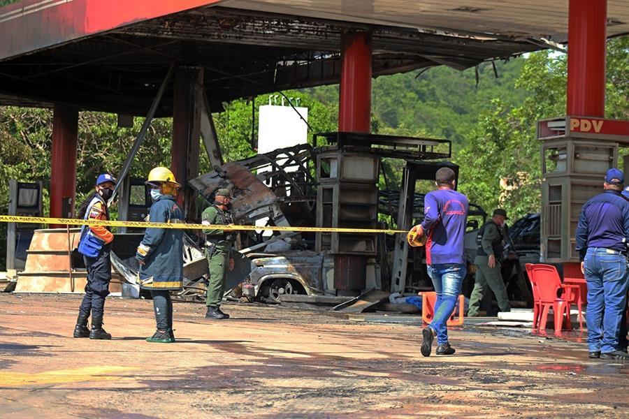 Al menos un muerto y 6 heridos por explosión en gasolinera en Venezuela