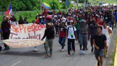 Una nueva caravana de migrantes parte del sur de México rumbo a EE.UU.