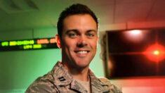 Exclusiva: Oficial de Fuerza Espacial de EEUU castigado por denunciar el marxismo deja Fuerzas Armadas
