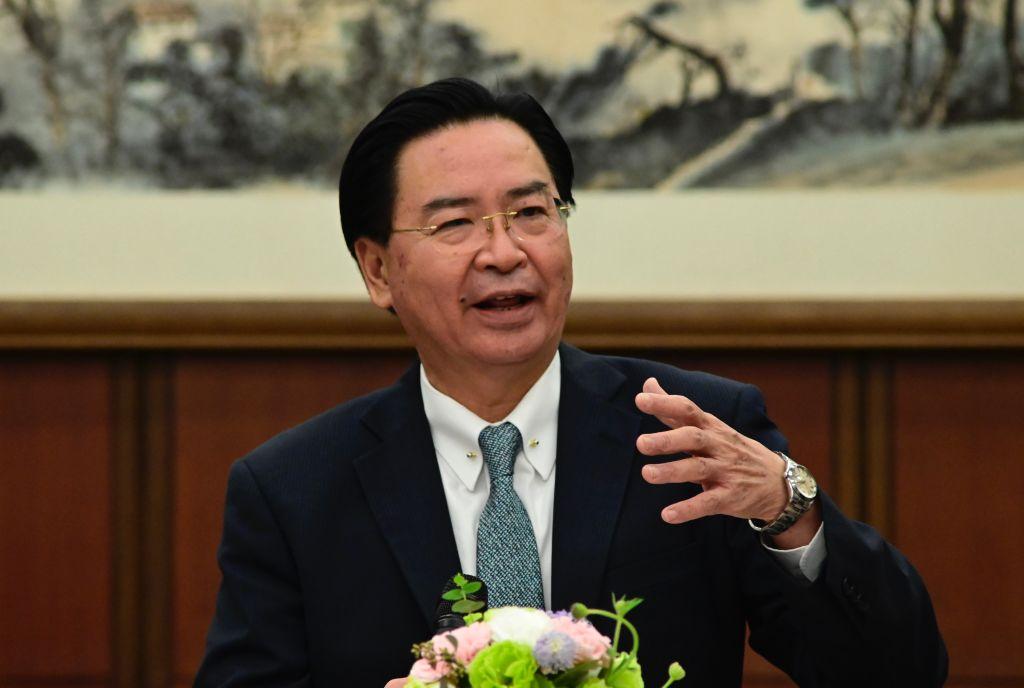 """Taiwán sirve de """"fortaleza marítima"""" para frustrar expansión de China en el Pacífico, dice ministro"""