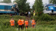 Al menos 2 muertos y decenas de heridos en choque de trenes en República Checa