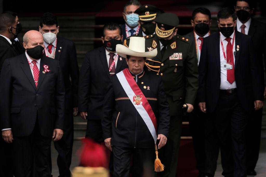 """Política del Perú hacia Venezuela será """"en contra de los bloqueos"""" y la no intervención: Canciller"""