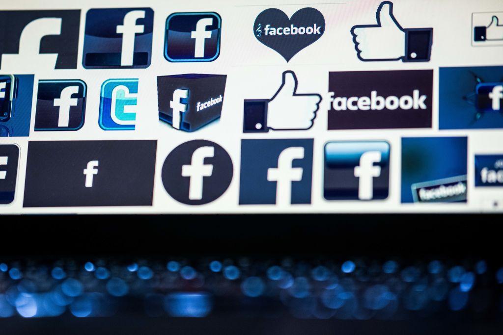 Perfiles falsos en redes sociales difunden propaganda china, según un informe