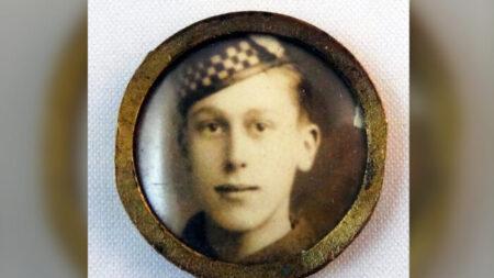 Encuentran carta escrita por soldado de 18 años a sus padres antes de morir en la 1ª Guerra Mundial