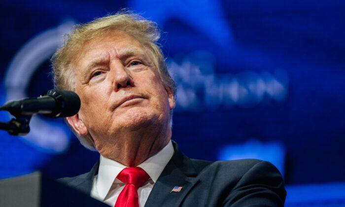 """Trump acusa a la prensa de difundir """"noticias falsas"""" al decir """"no hay pruebas de fraude electoral"""""""