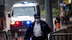 """Policía de Hong Kong detiene a 3 estudiantes por """"abogar por el terrorismo"""""""