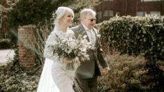 Padre que sufrió un infarto lleva a su hija al altar luego de trasladar la boda al hospital