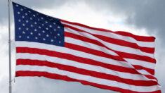 Dañan banderas de EE.UU. que rendían honor a 13 militares muertos en ataque terrorista: Policía