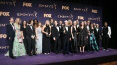 """Condado de LA defiende los Emmy: Excepción de mascarillas está bien en """"producciones televisivas"""""""