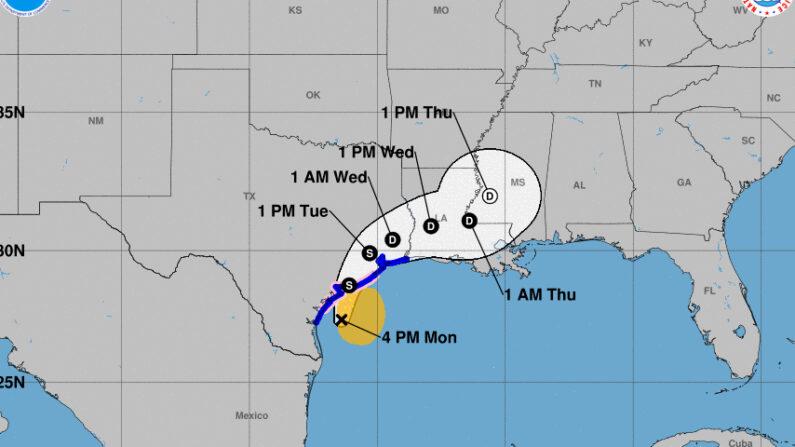 Imagen cedida el 13 de septiembre de 2021 por la Oficina Nacional de Administración Oceánica y Atmosférica de Estados Unidos (NOAA), a través del Centro Nacional de Huracanes (NHC), en la que se registró la localización de la tormenta tropical Nicholas, a las 04.00 hora local (09.00 GMT). NOAA-NHC
