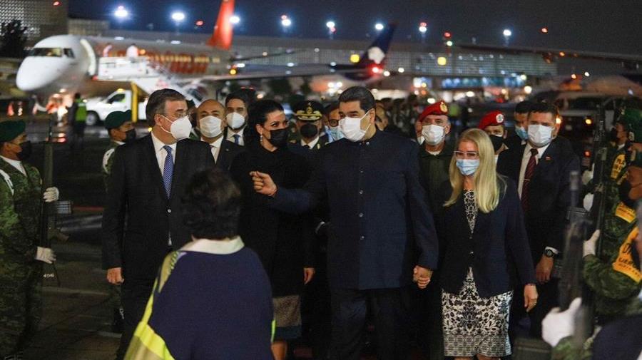 ¿Por qué Maduro viaja fuera de Venezuela pese a orden de captura y recompensa de EE. UU.?