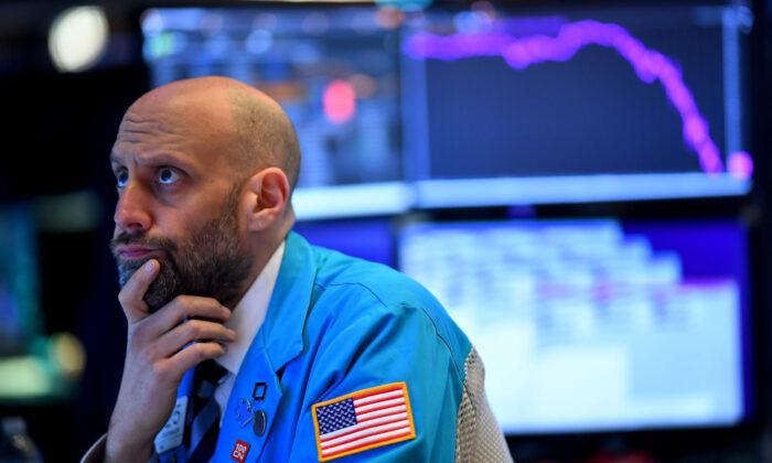 Fed enfrenta mercados nerviosos antes de reunión clave que considerará la reversión del estímulo