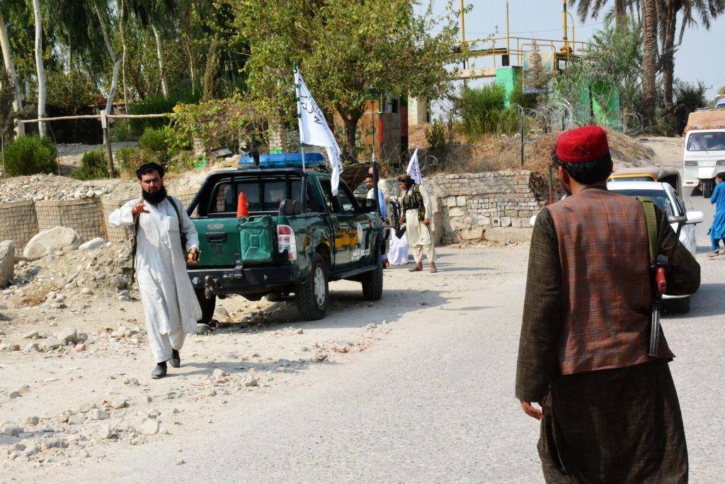 Al menos 2 muertos en el primer atentado tras la salida de EE.UU. de Afganistán