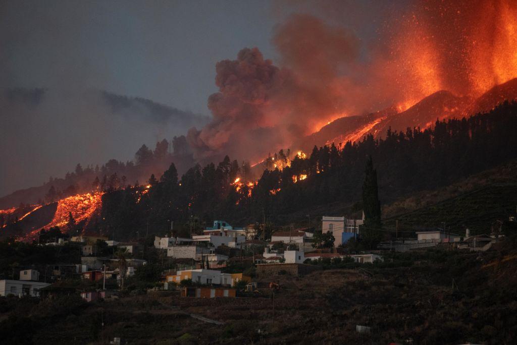 La lava del volcán de La Palma cubre 103 hectáreas y destruye 166 viviendas