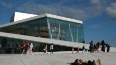 Funcionario de Noruega: COVID puede compararse con la gripe, el país eliminará las restricciones