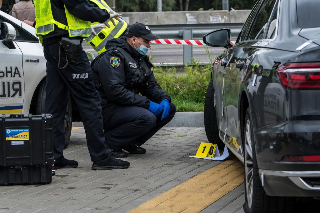 Disparan contra el coche del asistente del presidente de Ucrania y resulta herido su conductor