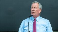 NY restablece pruebas semanales de COVID para alumnos de las escuelas públicas no vacunados