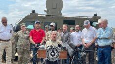 Gobernador de Texas insta a Biden a declarar una emergencia federal debido al aumento de inmigrantes