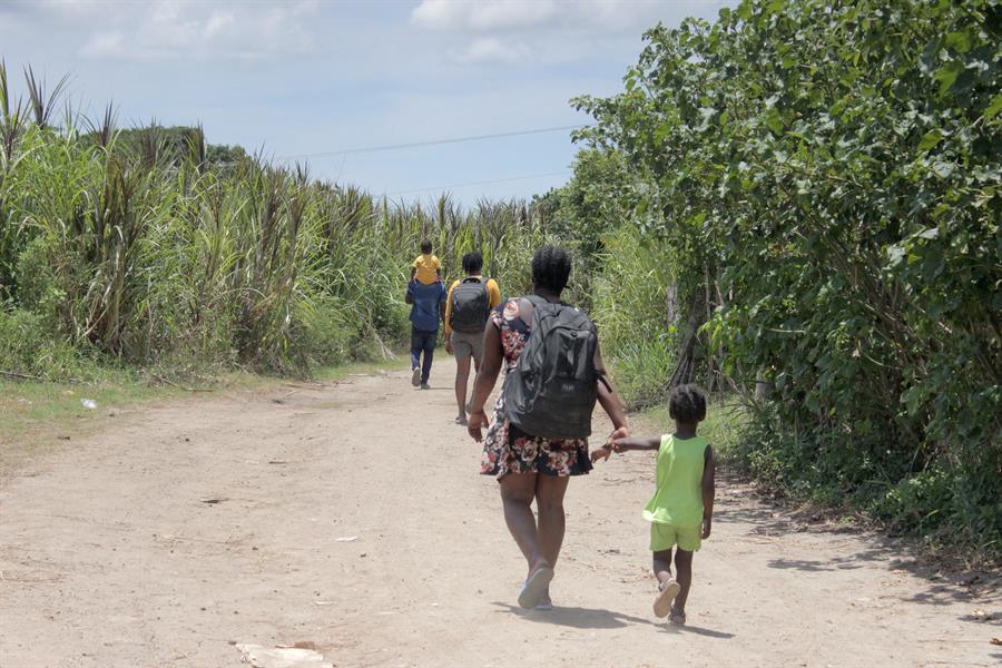 Migrantes buscan nuevas rutas para llegar a Tapachula, en el sur de México