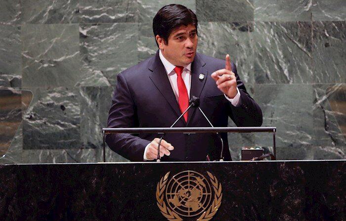 El presidente de Costa Rica, Carlos Alvarado, habla en su intervención en el 76º período de sesiones de la Asamblea General de la ONU, 22 de Septiembre, 2021.  EFE/EPA/SPENCER PLATT/POOL
