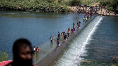 EE.UU. advierte a México sobre vertido masivo de aguas residuales al Río Bravo