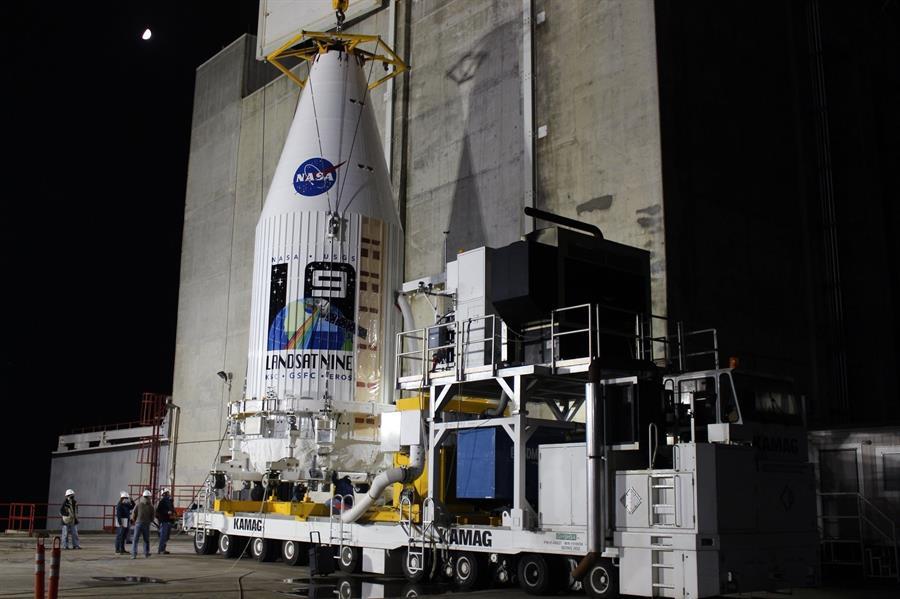 NASA lanza desde California un nuevo satélite del programa Landsat