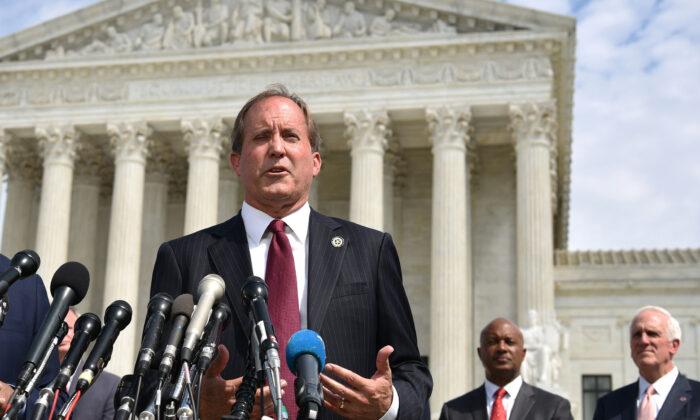 Paxton lidera coalición de 10 estados que apoya prohibir la censura de las Big Tech en Florida