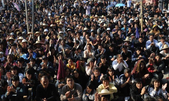 """""""Están arriesgando sus vidas"""": comentarista chino"""