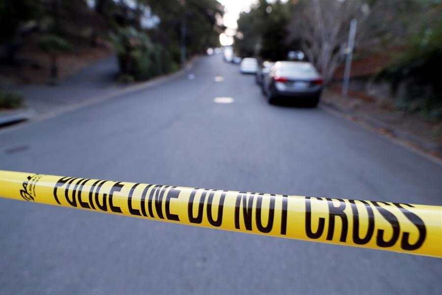 Un muerto y siete heridos en un tiroteo cerca de universidad en EE.UU.