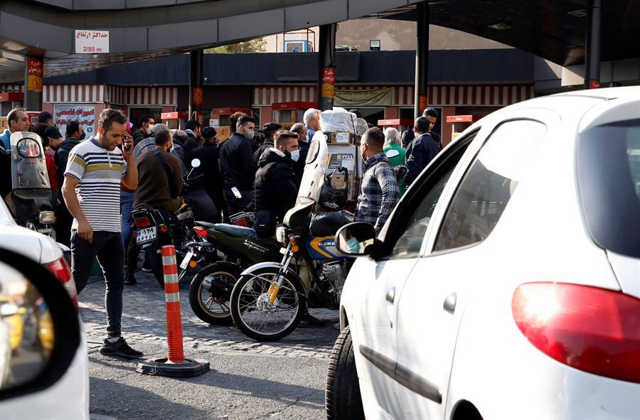 Un ciberataque bloquea las gasolineras en Irán
