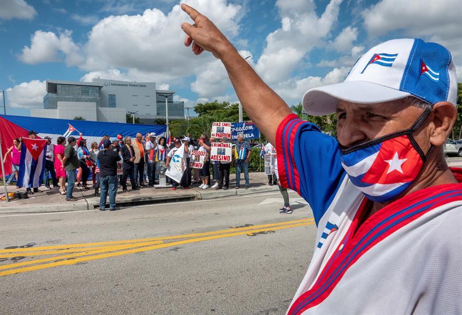Exilio cubano lanza videos para apoyar la protesta de noviembre en la isla