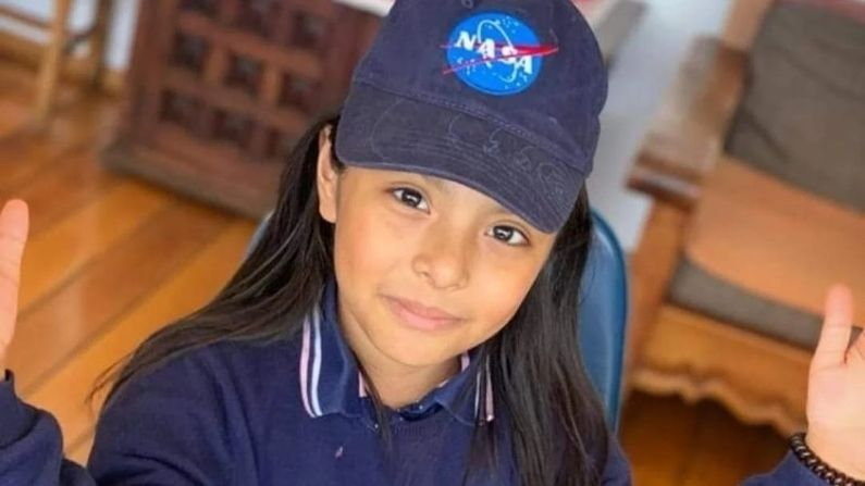 Niña genio mexicana de 10 años con CI mayor a Einstein, estudia agujeros negros y quiere ir a Marte