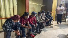 "Activistas abandonan reunión con la administración Biden sobre programa ""Permanecer en México""."