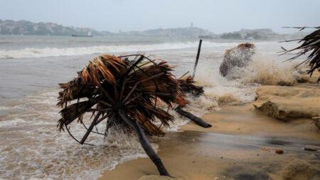 Rick tocará tierra el domingo como huracán categoría 2 en Pacífico mexicano
