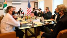 Asesor de EE.UU. para el clima llega a México para ver el plan de reforestación de López Obrador