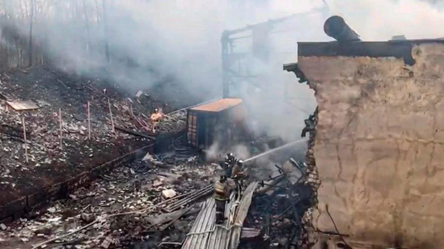 Al menos 16 muertos en una explosión en una fábrica rusa