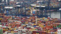 Los cuellos de botella causados por China en el envío de contenedores