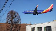 Southwest sufre pérdidas de 75 millones de dólares por cancelación masiva de vuelos
