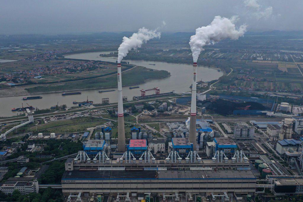 El corte eléctrico chino a cualquier costo y la corrección política de Washington