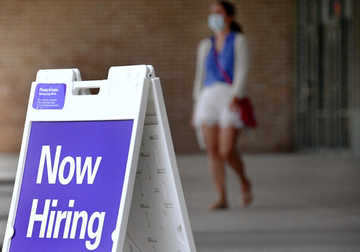 Empresas estadounidenses recurren a la automatización ante escasez de mano de obra