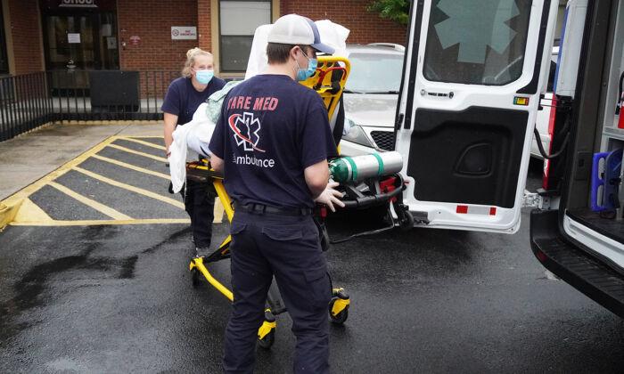 Pacientes obesos suelen lesionar la espalda de los trabajadores de ambulancias