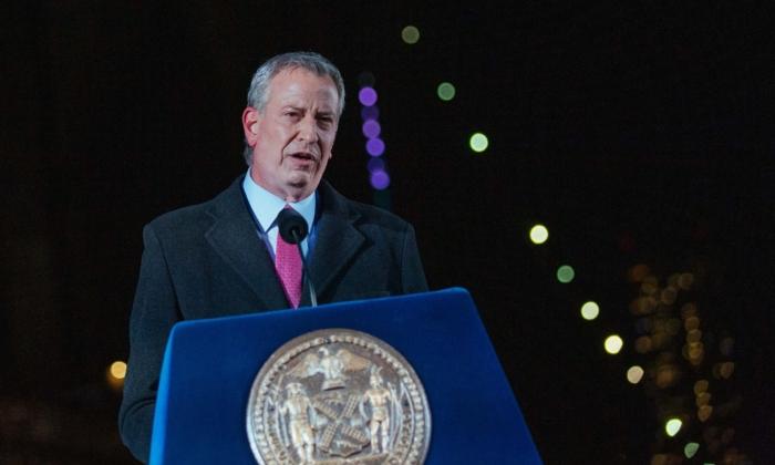 Nueva York amplía orden de vacunación a todo sector público de la ciudad y pone fin a las pruebas